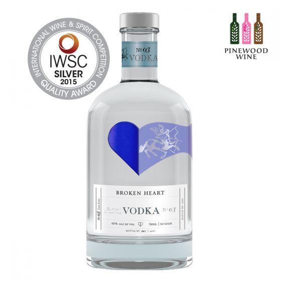 Broken Heart Vodka 40% alc. 700ml 10218445