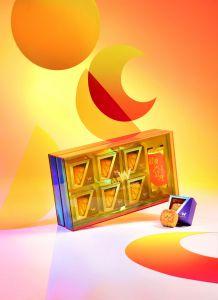香港W酒店 - 限量版「炫幻亮彩」月光寶盒流心奶黃月餅 (六個裝) CR-WHK-LEC2021
