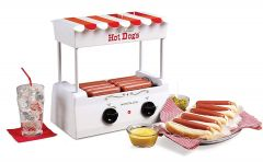 Nostalgia Electrics - The VINTAGE COLLECTION™ OLD FASHIONED HOT DOG ROLLER HDR565